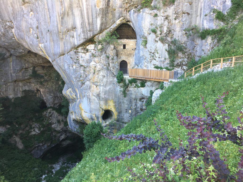 castelli Slovenia