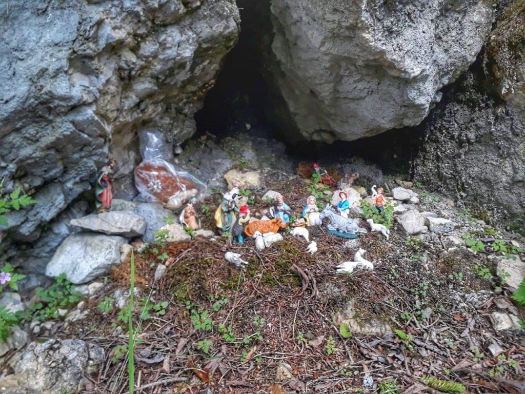 presepe sulla roccia