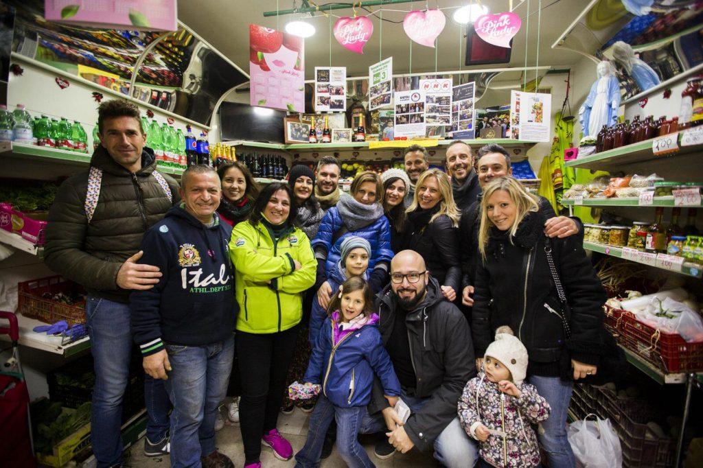 foto di gruppo travel blogger