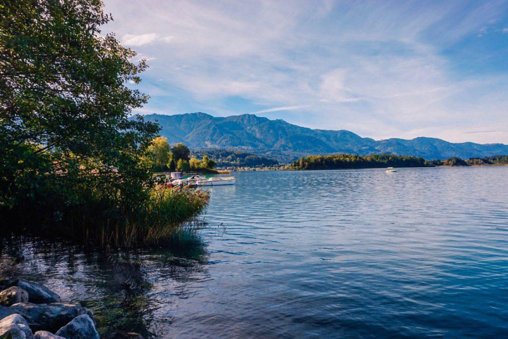passeggiata al lago di faak vicino a villaco